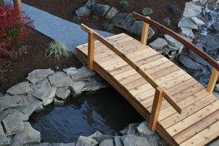 Water feature bridge