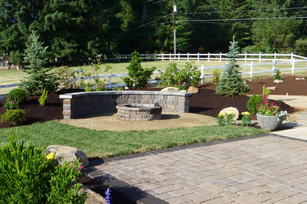 paver patio, fire pit, seating wall